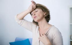 Durante a menopausa as mulheres devem redobrar o cuidado com os olhos