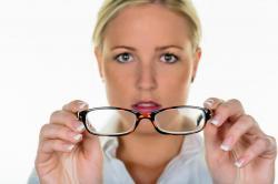 Conquiste a independência dos óculos
