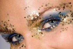 Carnaval: cuidado com a maquiagem na área dos olhos