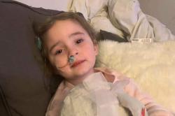 Menina recupera a visão depois de ficar cega por causa de gripe