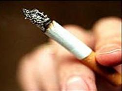 Fumantes têm duas vezes maior risco de cegueira, alertam especialistas