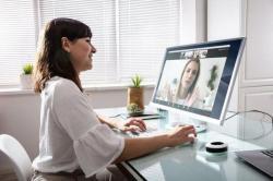 Home office altera lente de contato